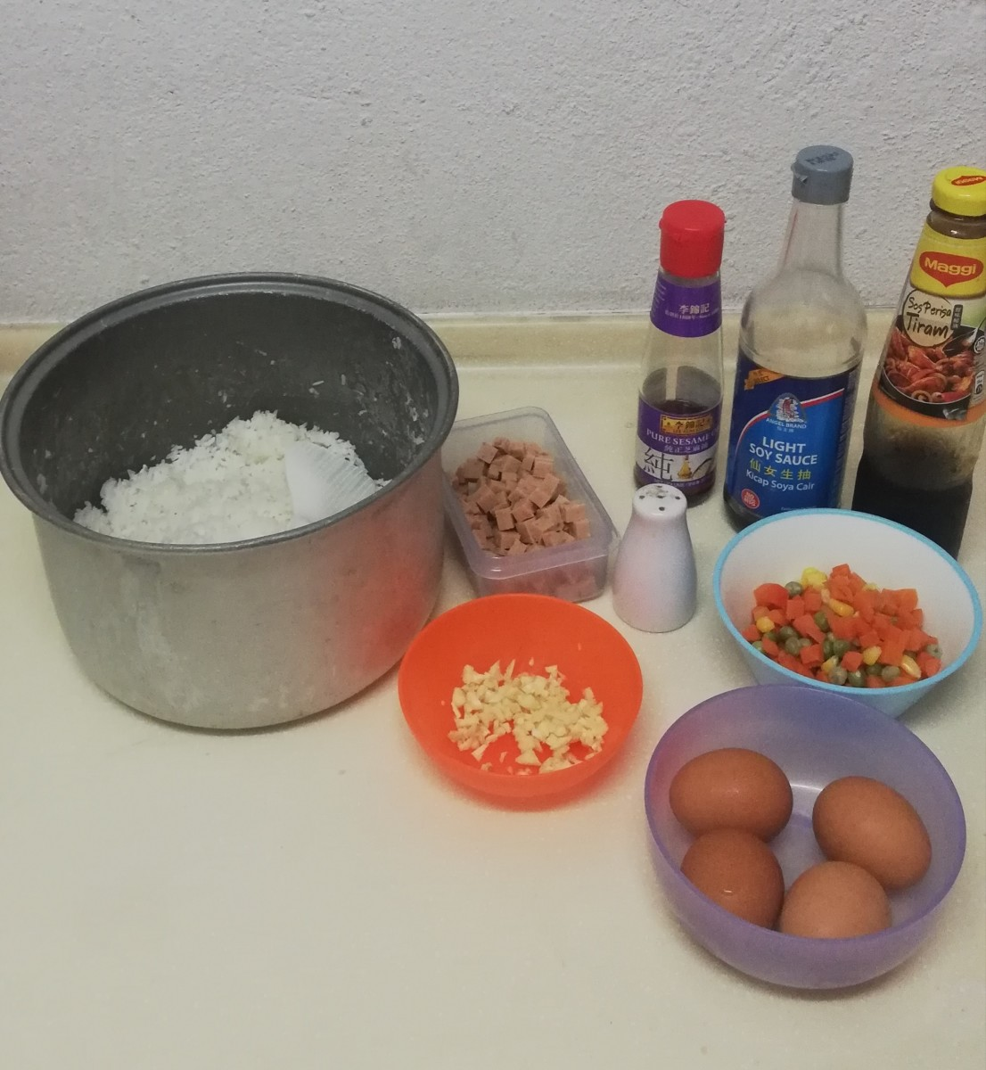 Ingredients for egg fried rice