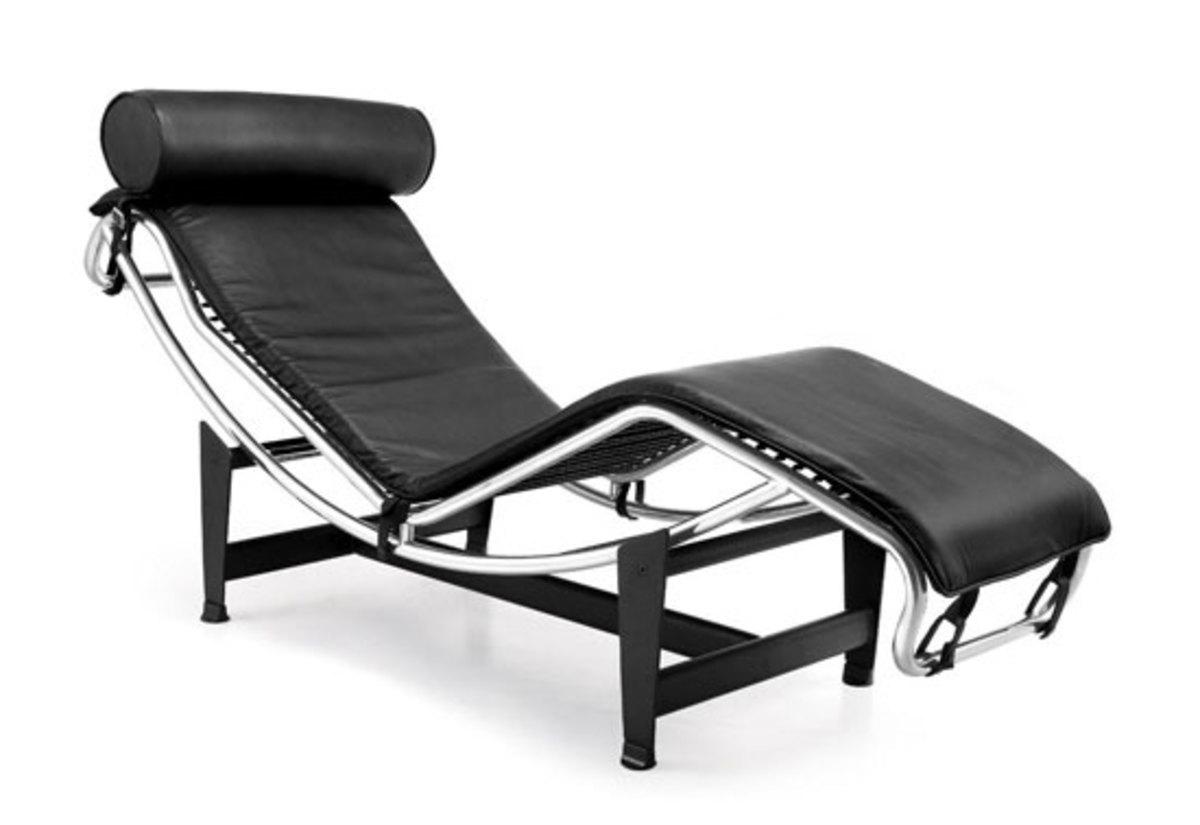 B306 Chaise Lounge