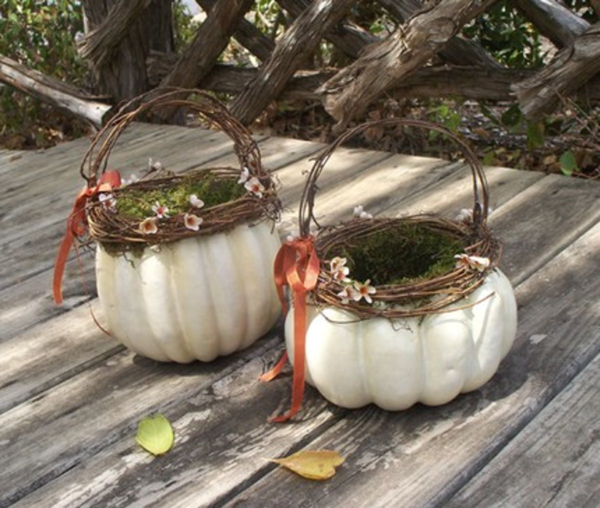 Squash flower girl basket -  This unique shape is not just for October...