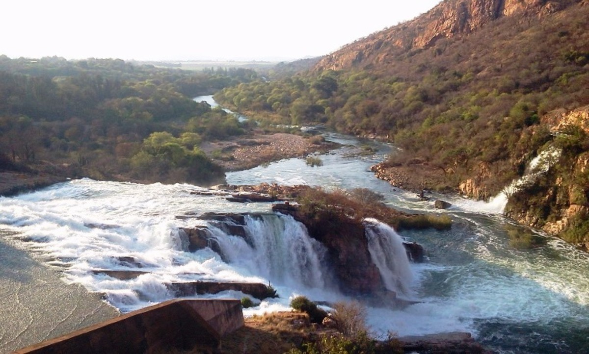 Crocodile River, Hartbeespoort Dam, South Africa