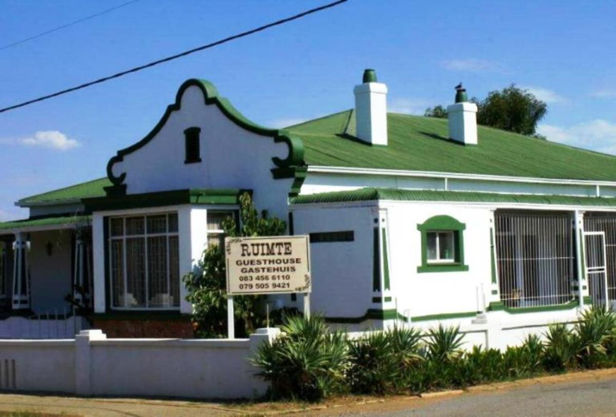 Old house turned into a guest house in Ventersdorp: Mosaic Bed and Breakfast