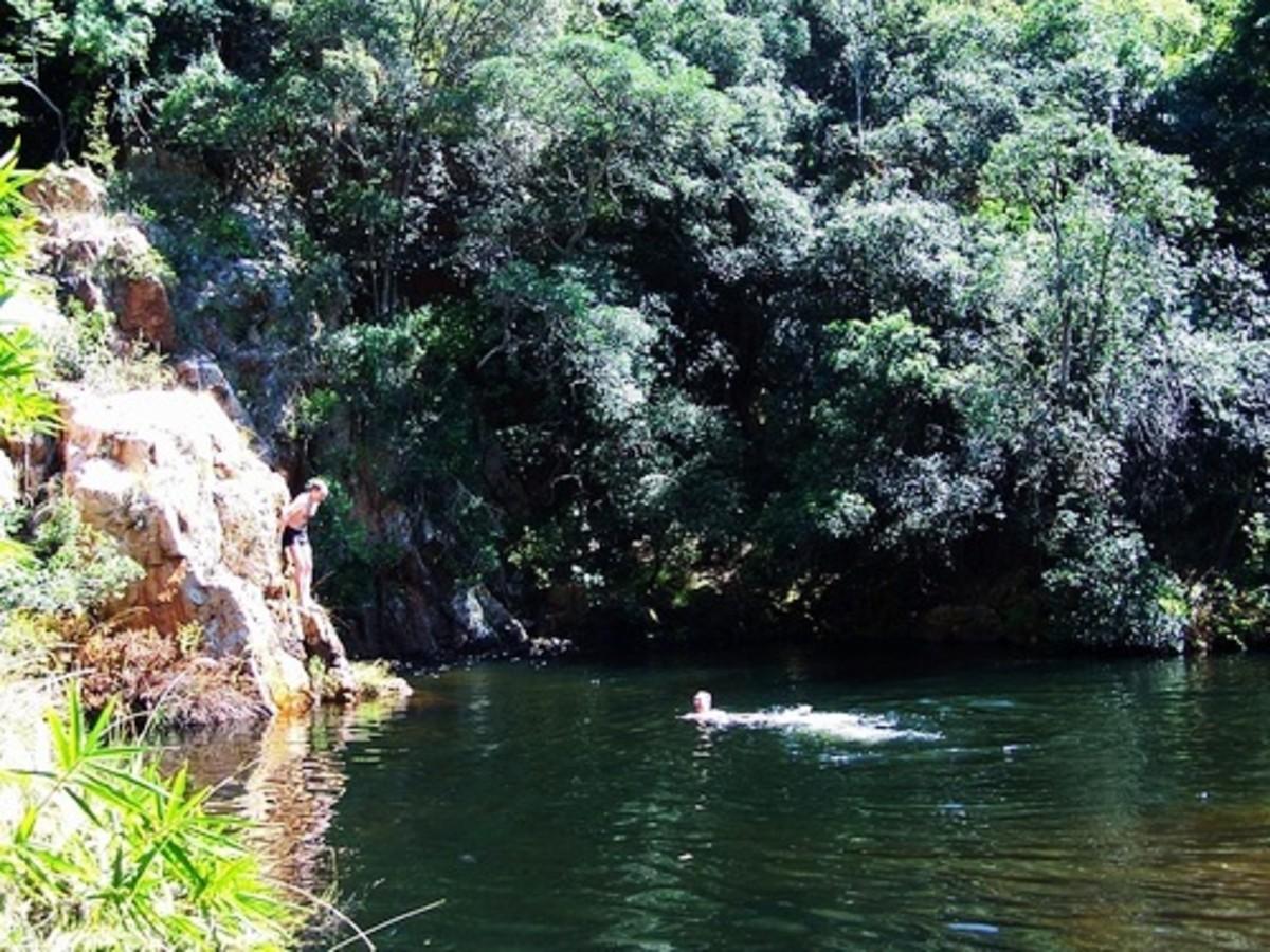 Big Pool Rustenburg Nature Reserve by mullerh