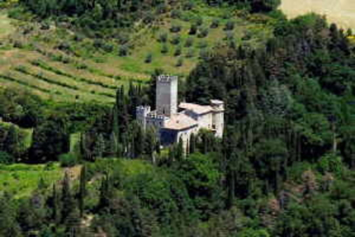 Italy Castles for Sale
