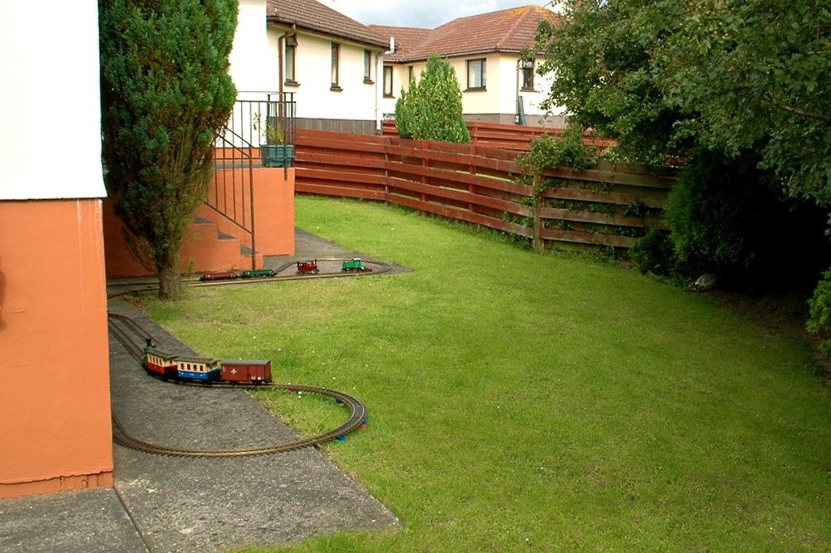 Any quite corner of the garden can be used for a Temporary Garden Railroad -   David Lloyd-Jones 2010