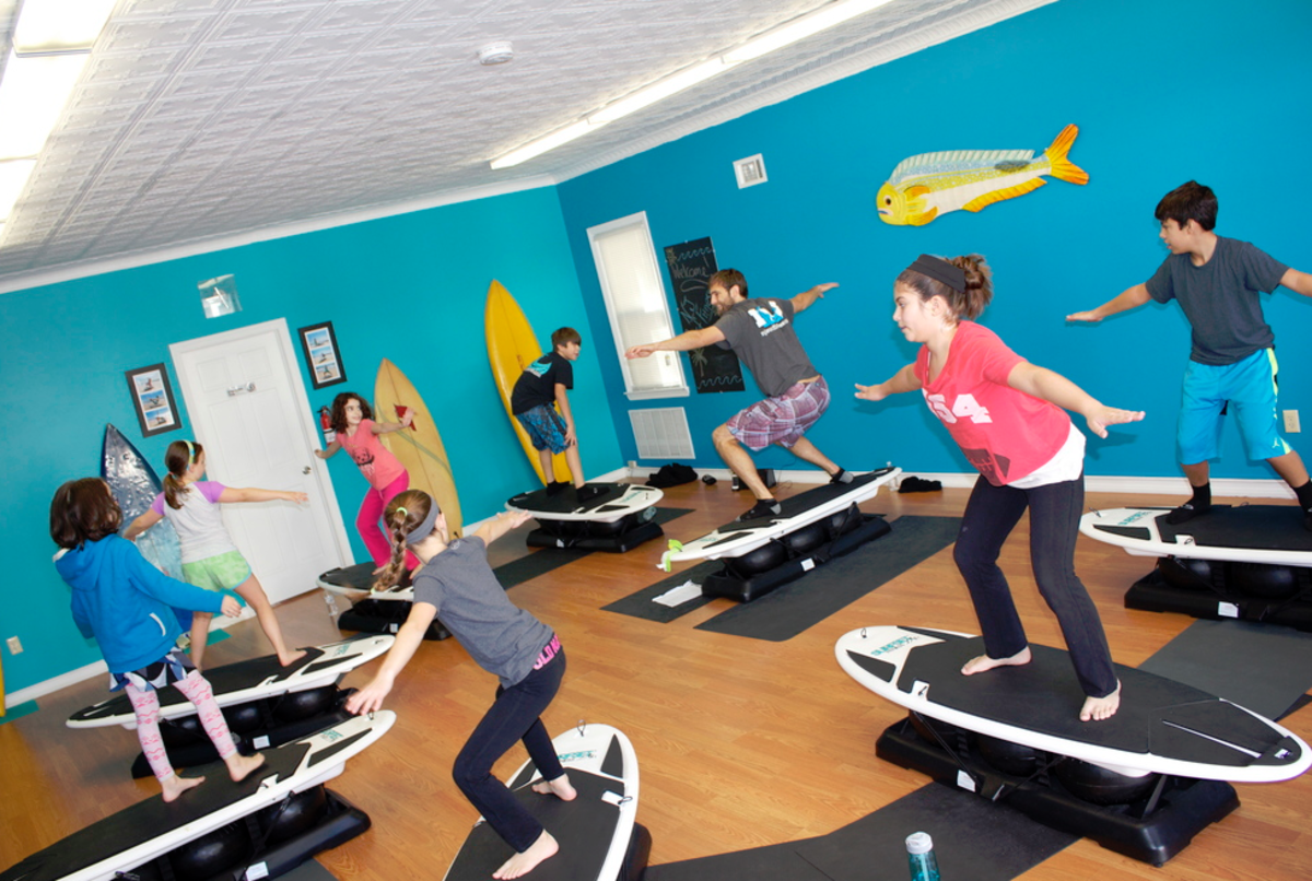 indoor-surfing-machine-workout