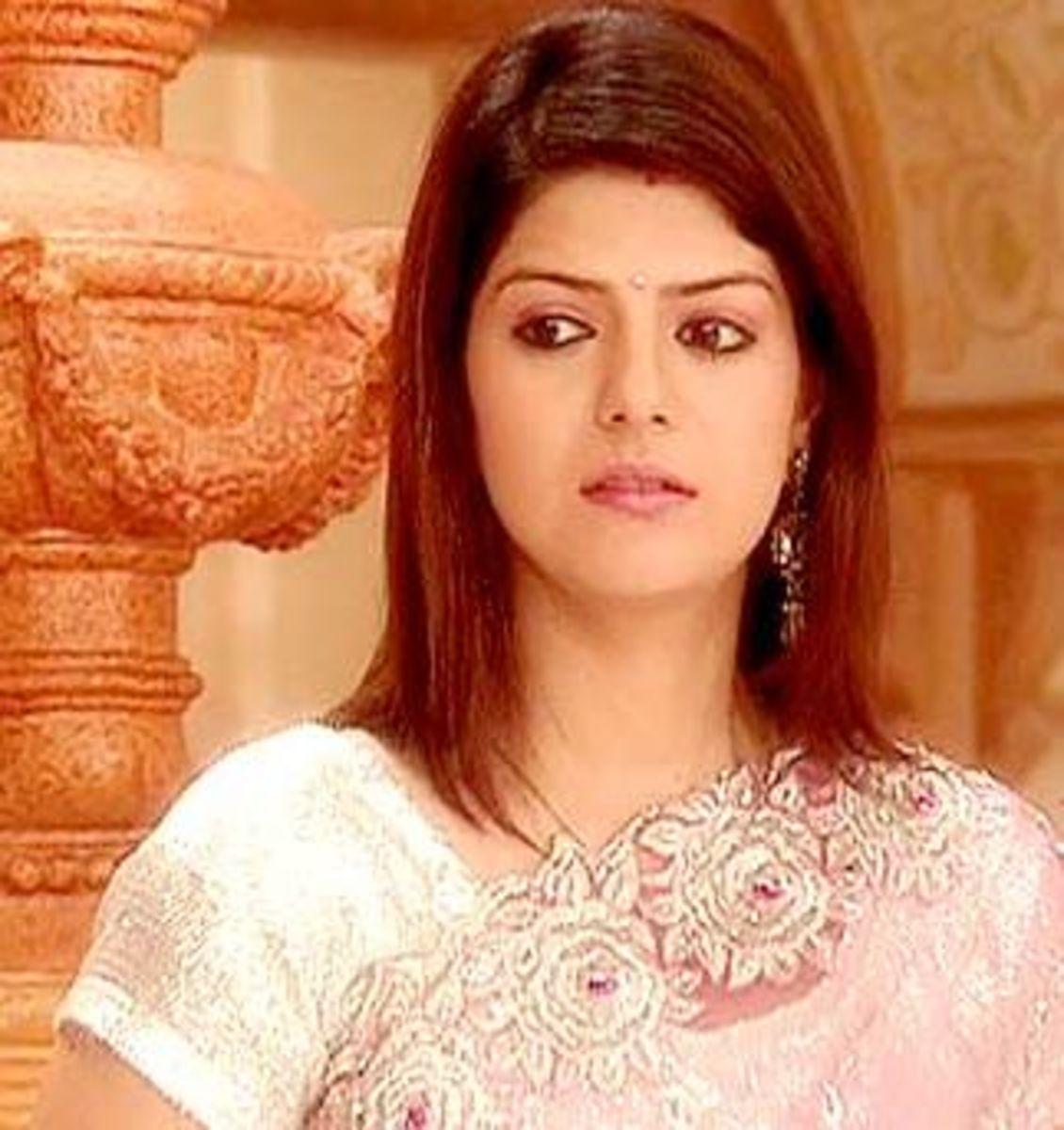 Rishma Roshlani as Divya