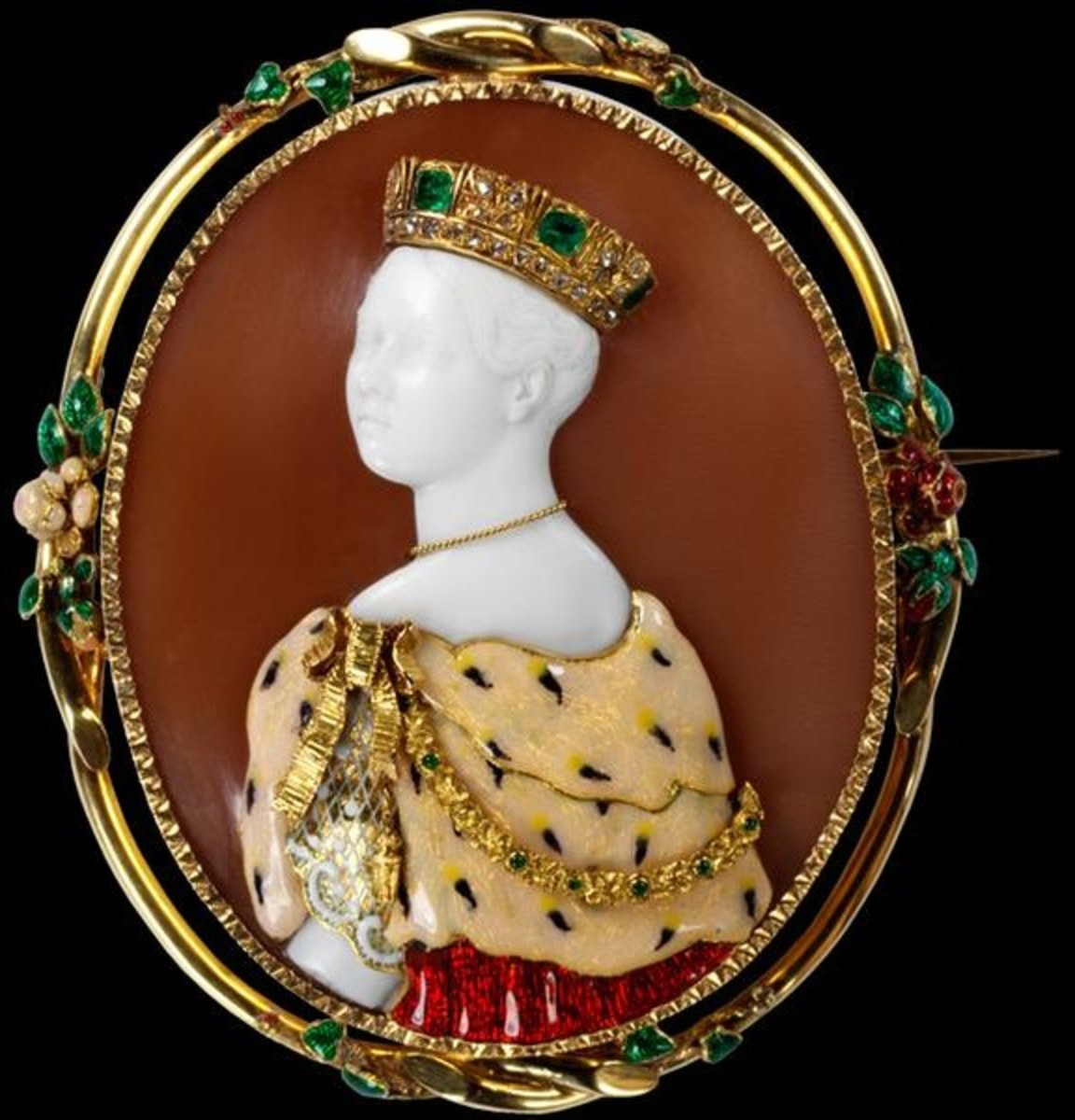 Brooch with cameo of Queen Victoria