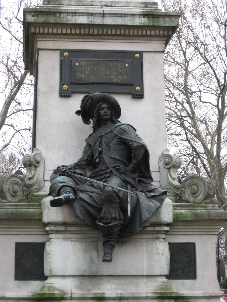 """ALEXANDRE DUMAS"" SCULPTURE IN PARIS BY GUSTAVE DORE"