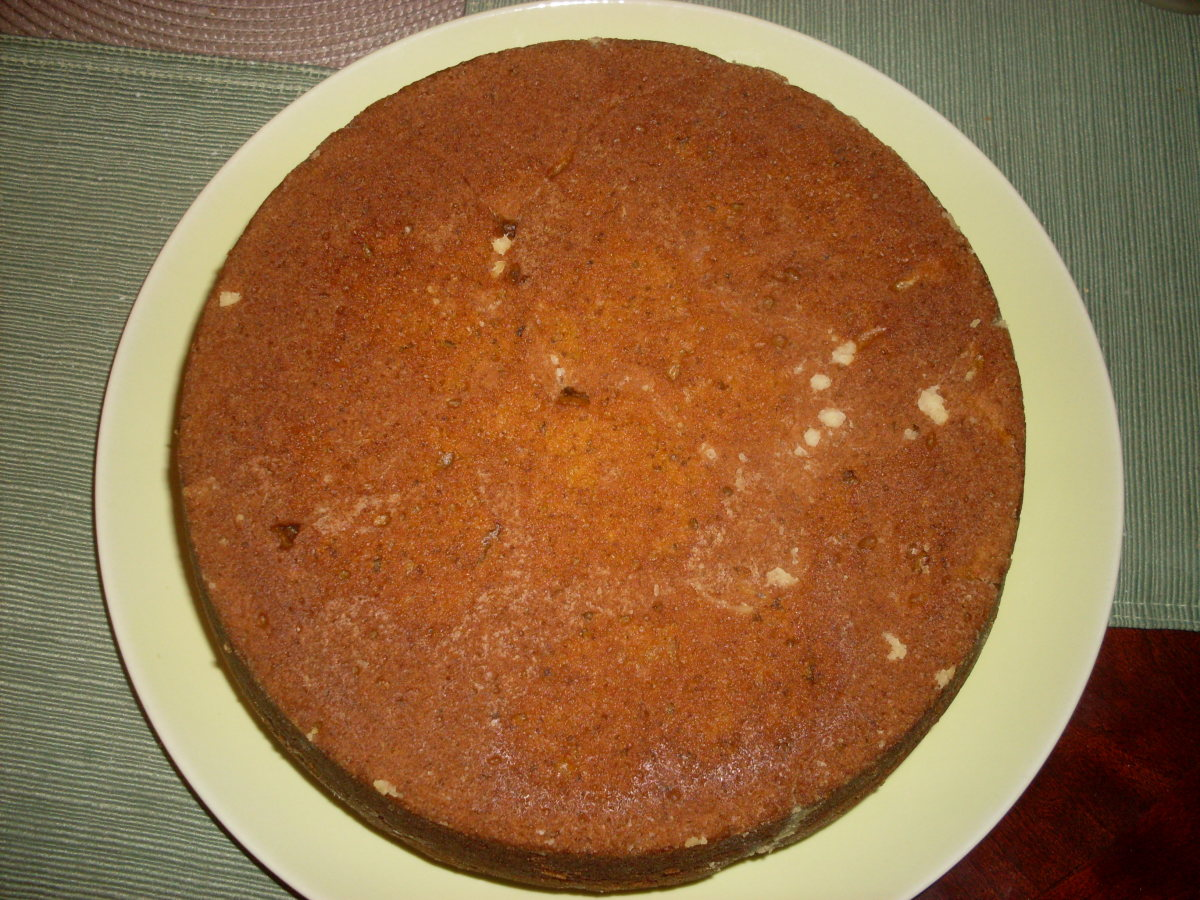 This enticing pumpkin cake has a naturally orange colored hue. The cake has a nice and appetizing appearance and tastes great too!