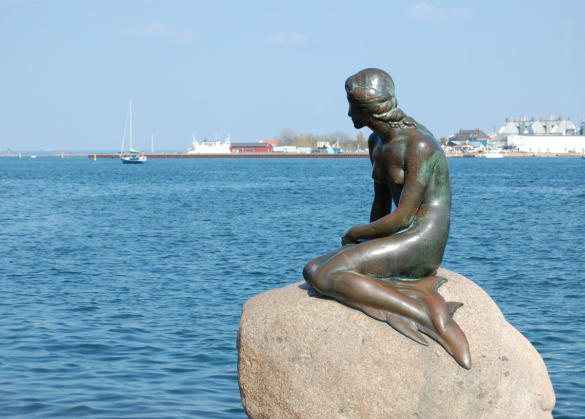 Famous Mermaid statue In Copenhagen