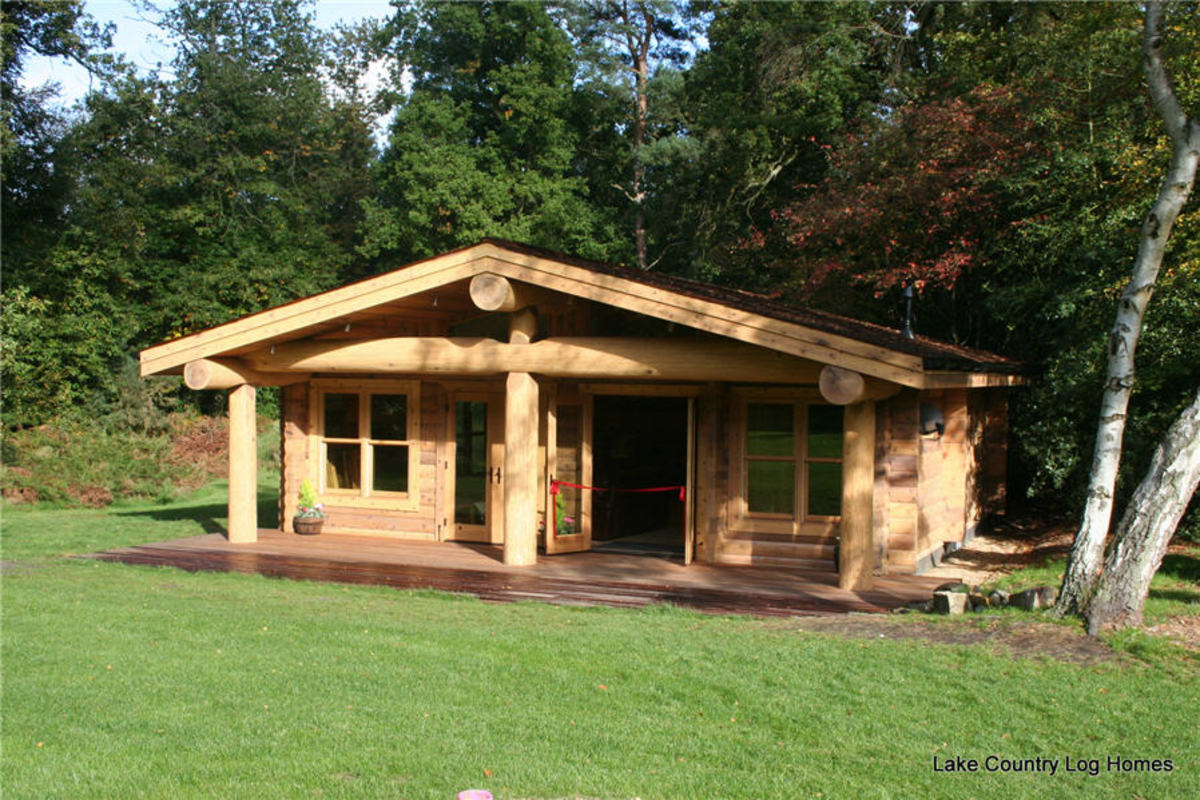 Red Cedar Cabin Built Near London