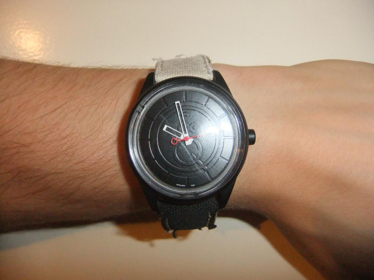Q&Q SmileSolar Affordable Solar Watch