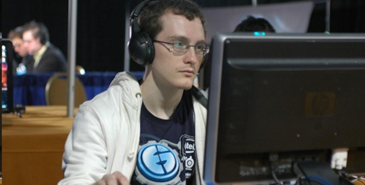 Picture of EGIdra, a Starcraft pro gamer.