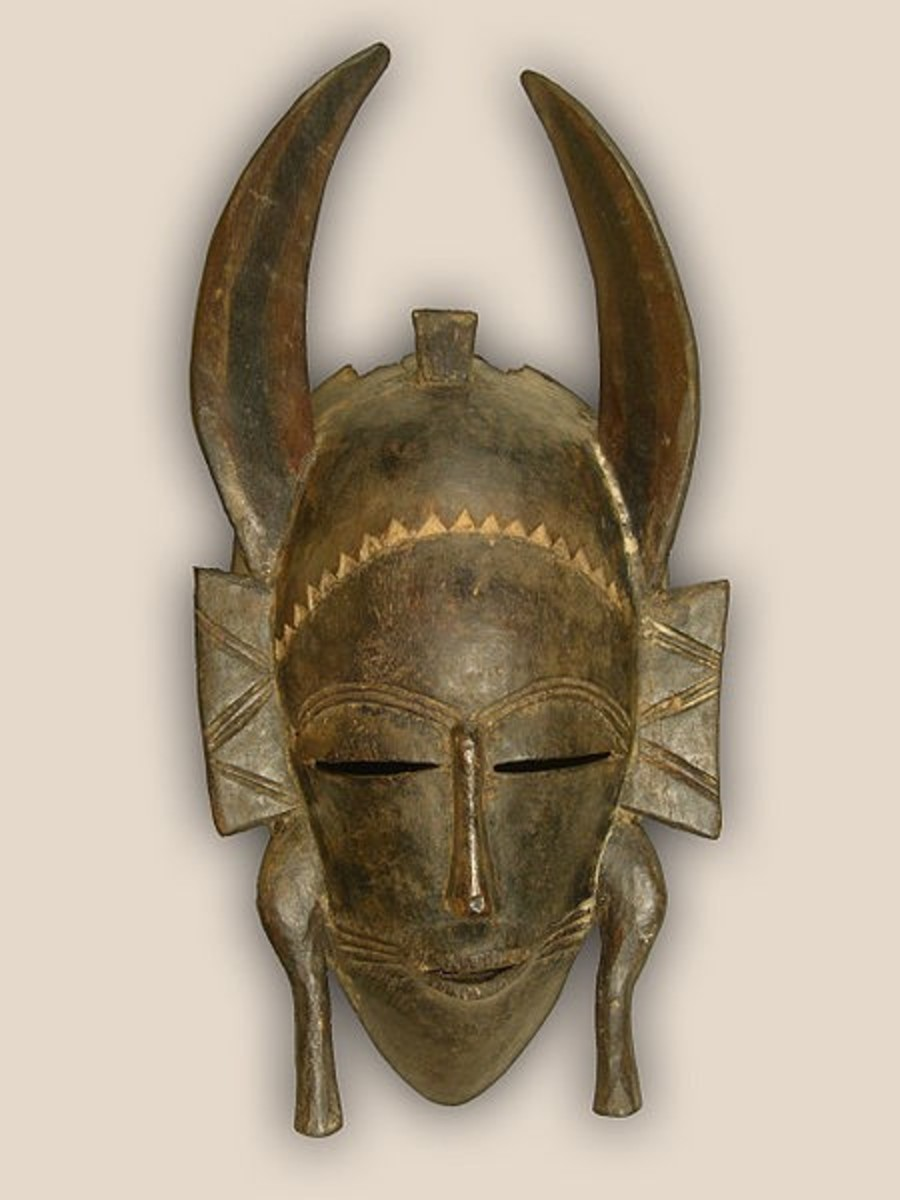 Senufo African tribal mask.
