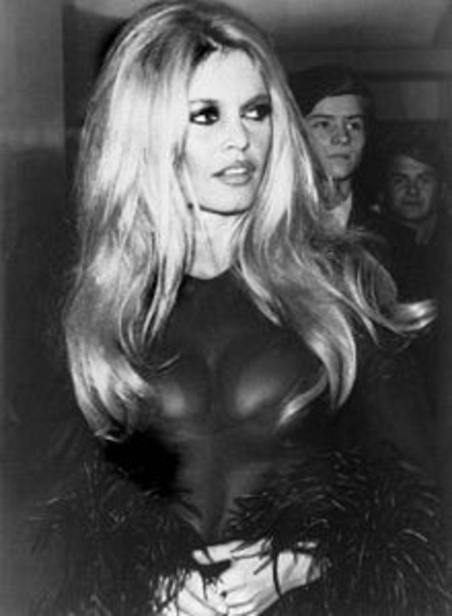 Style Icon: Get Brigitte Bardot's Style