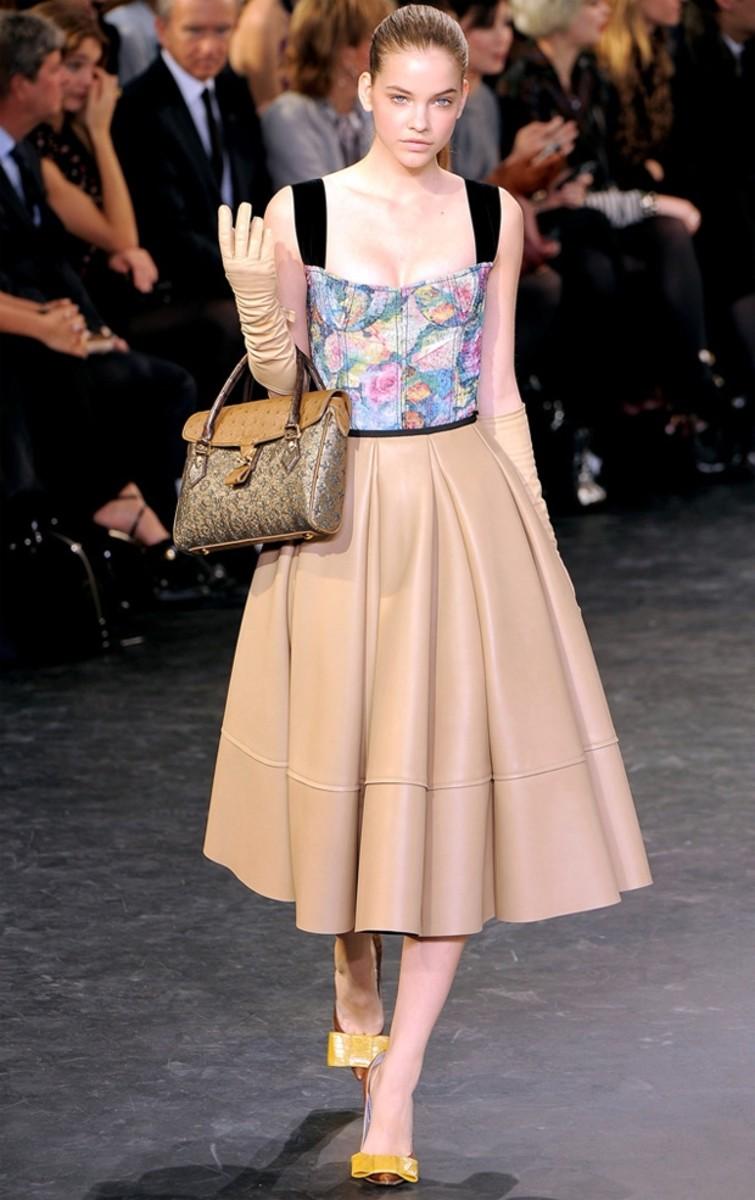 Louis Vuitton's modern 60s silhouette