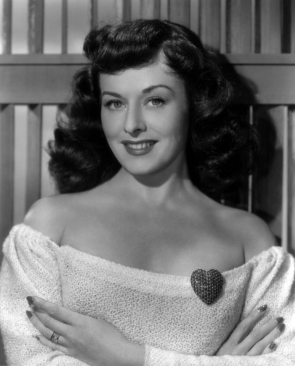 Paulette Goddard, The Nearest Contender