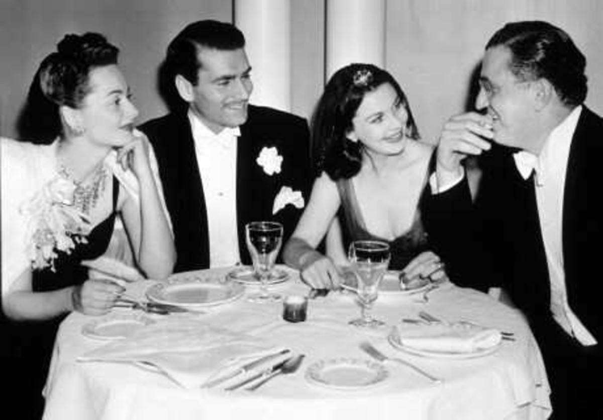 Olivia de Havilland, Laurence Olivier, Vivien Leigh and David Selznick at the Awards Ceremony