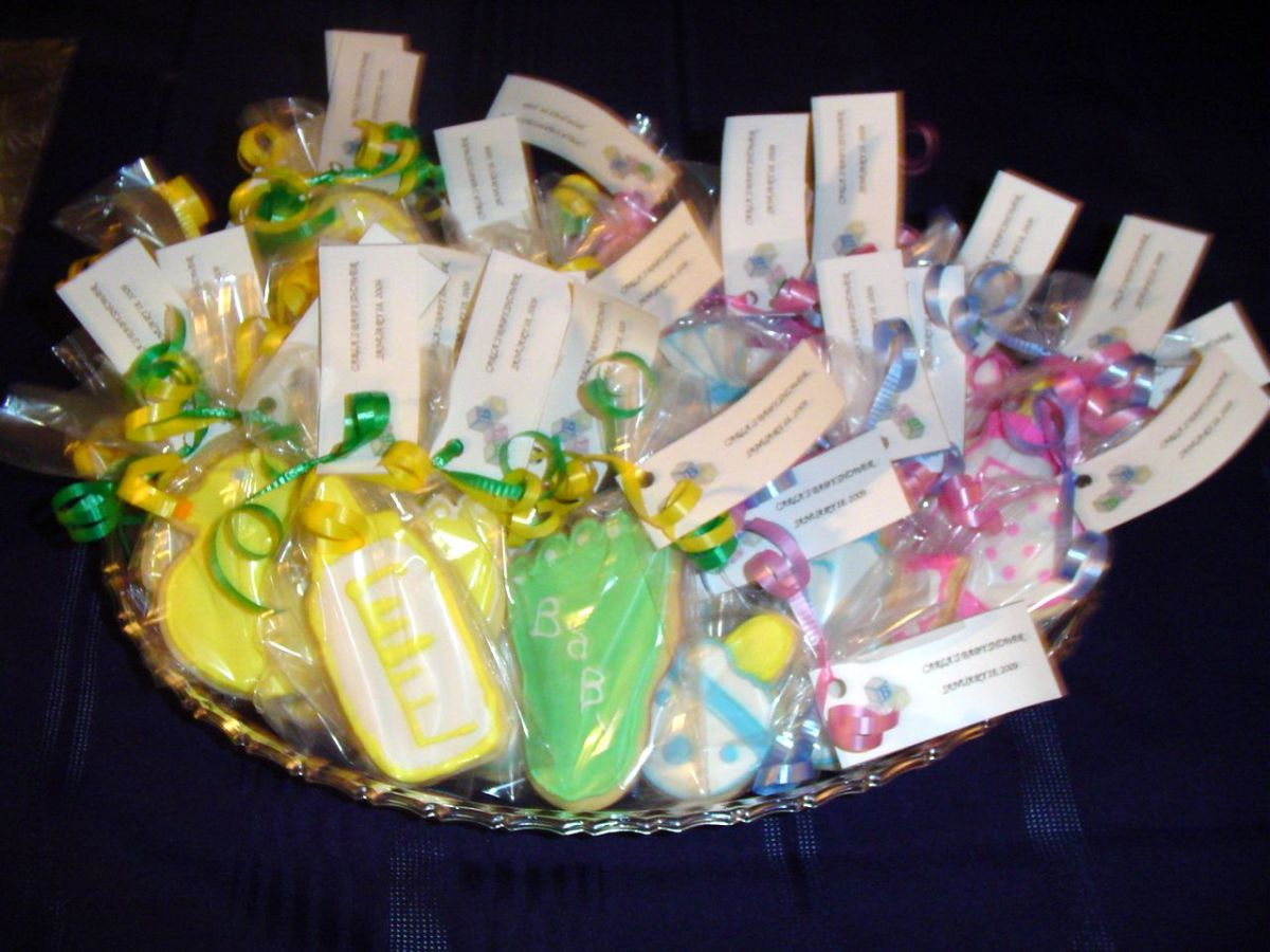 Baking baby shower cookies and decorating ideas