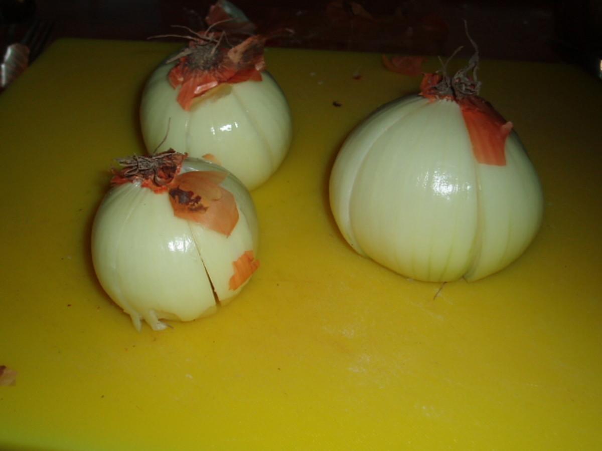 pealed onions