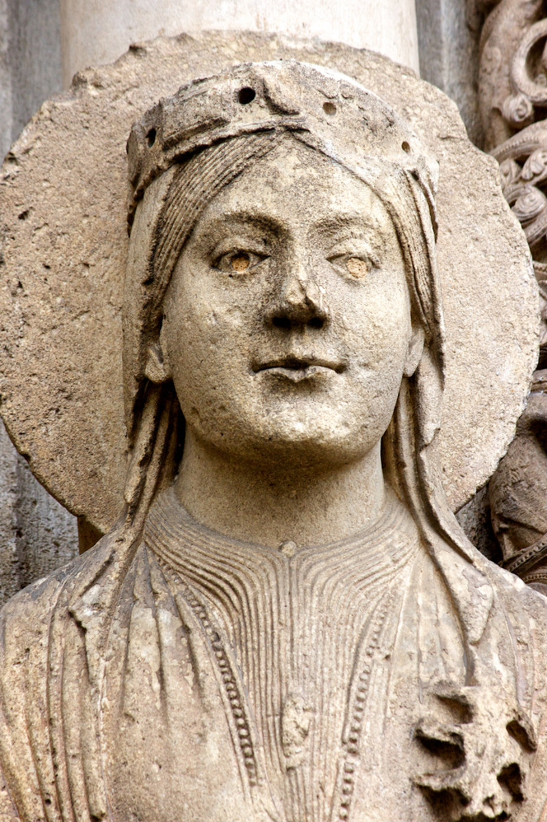 Statue of the Queen of Sheba in a medieval French cathedral