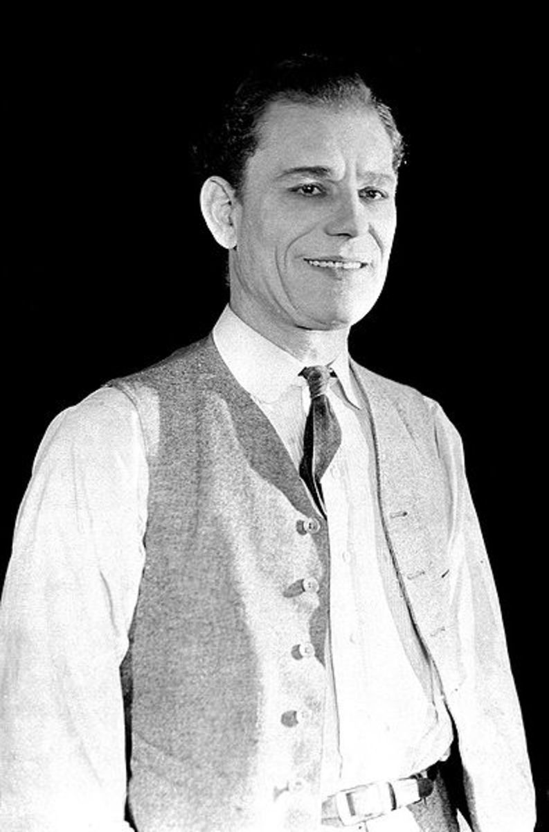 Lon Chaney, Sr. Celebrity born on April Fools' Day.