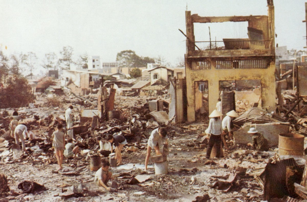 CHOLON SOUTH VIETNAM AFTER TET OFFENSIVE BY PEACEFUL COMMUNISTS