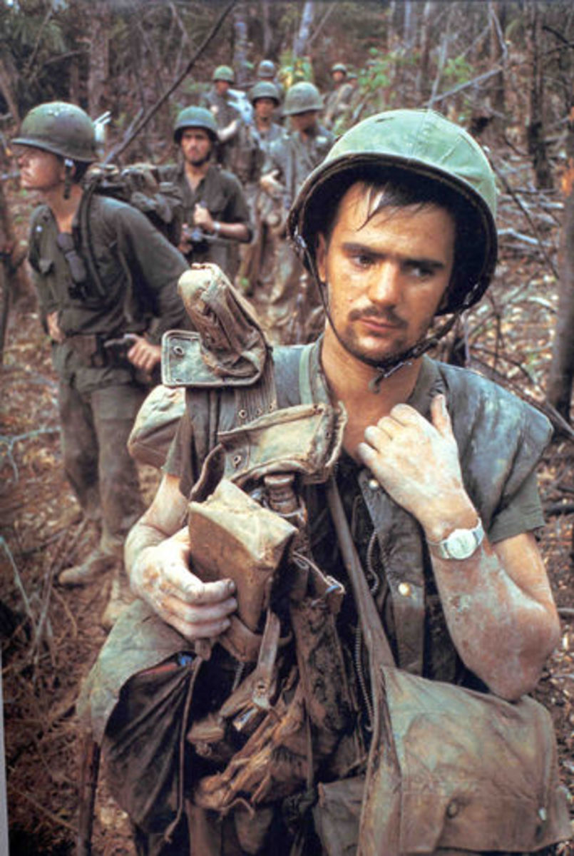 AMERICAN SOLDIERS IN VIETNAM WAR