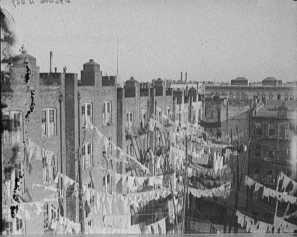 New York City Tenements 1900 - WWII
