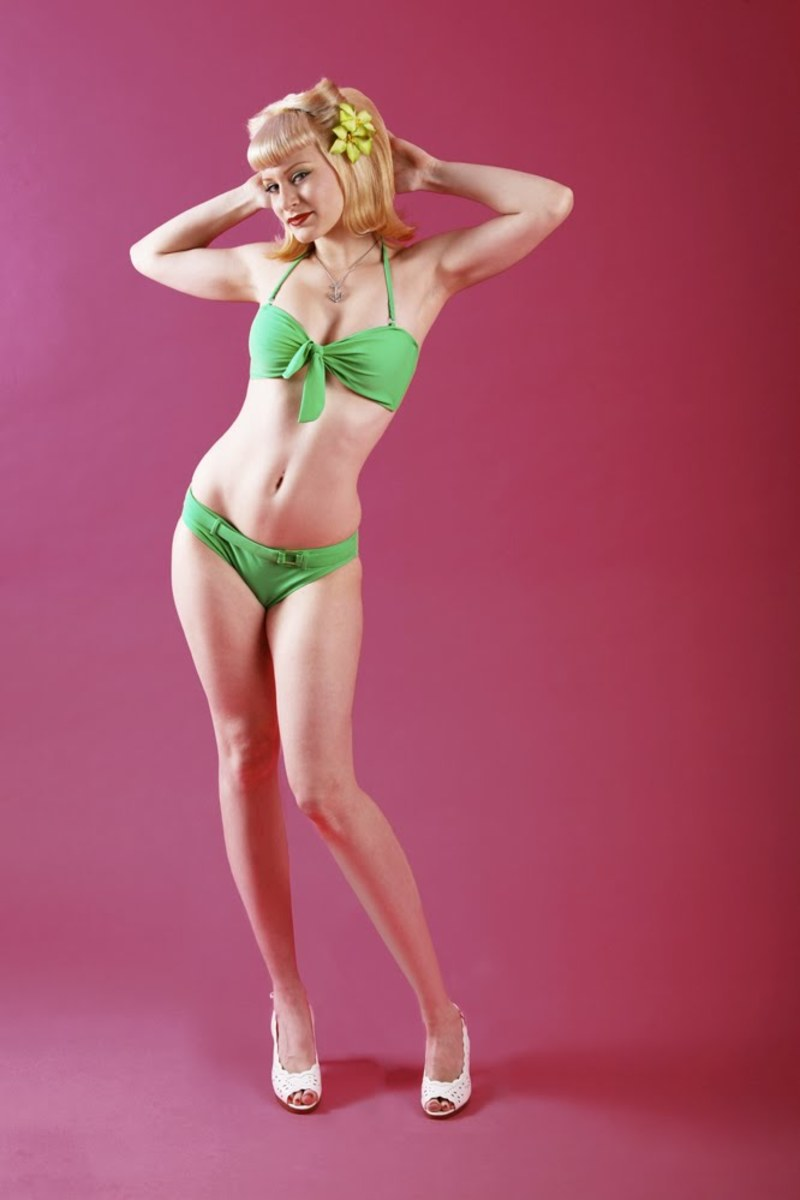 What could be more American than a gorgeous blond pin-up beauty in a lovely bikini?