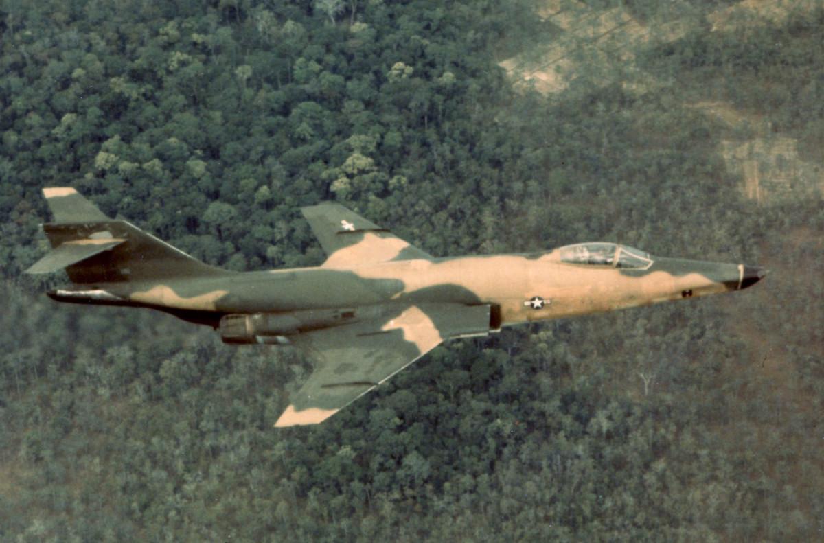 us-century-series-fighter-jets-f-100-f-101-f-102-f-104-f-105-and-f-106