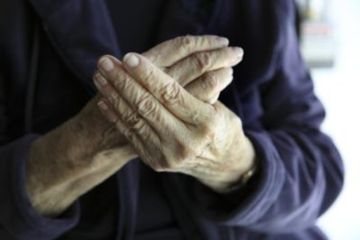 The elderly are prone to weight loss due to factors such as depression, the side effects of medication and social pressure