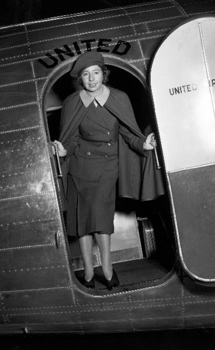 ELLEN CHURCH, FIRST AIRLINE STEWARDESS