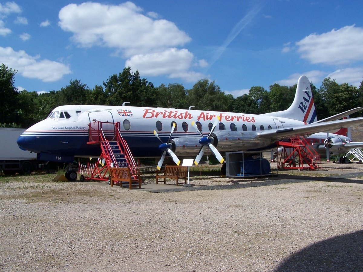 VICKERS VISCOUNT TURBOPROP AIRLINER