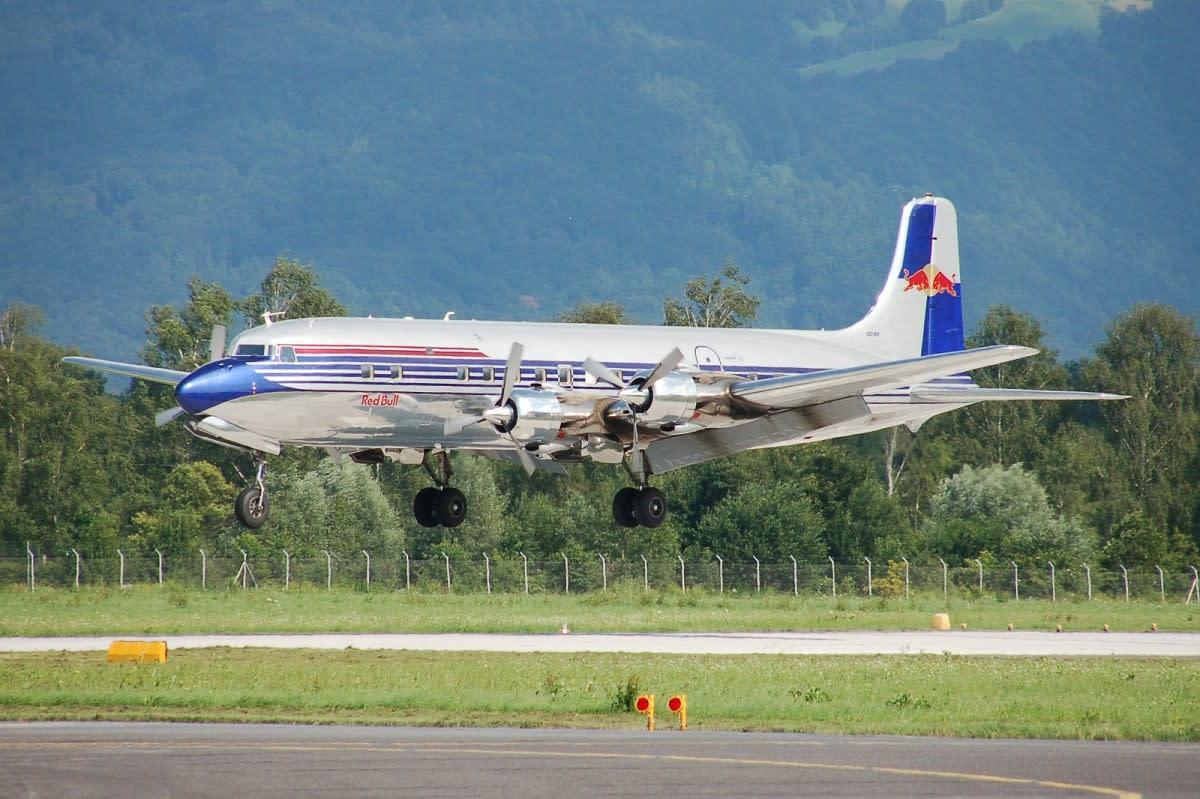THE REDBULL DC-6
