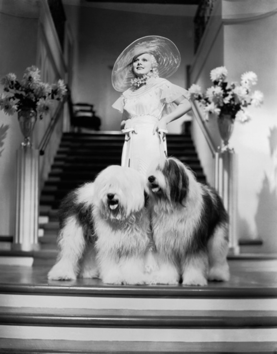 Jean Harlow as as Lola Burns in Bombshell