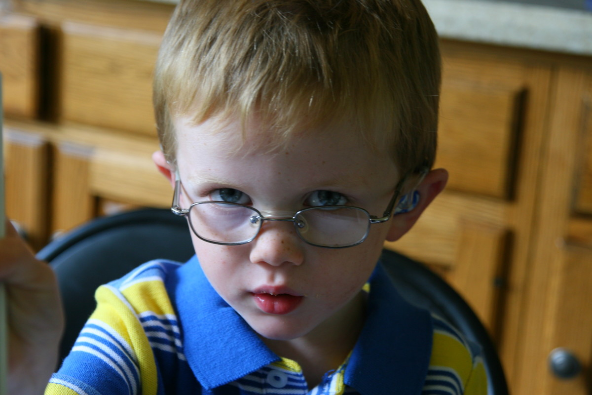 Kid's Glasses: Choosing Eyeglasses and Frames for Children