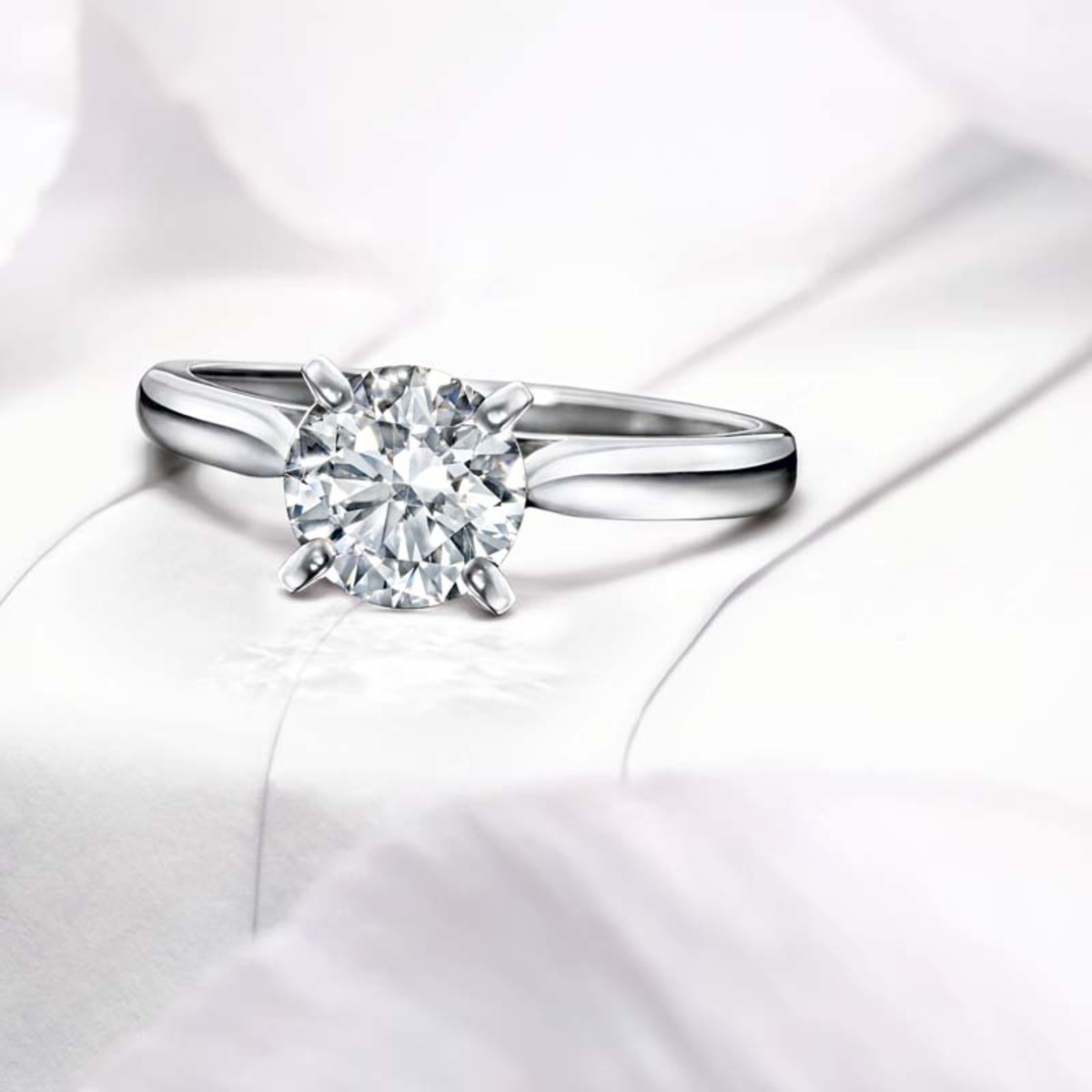 CARTIER OVAL SOLITAIRE 1895 ENGAGEMENT RING
