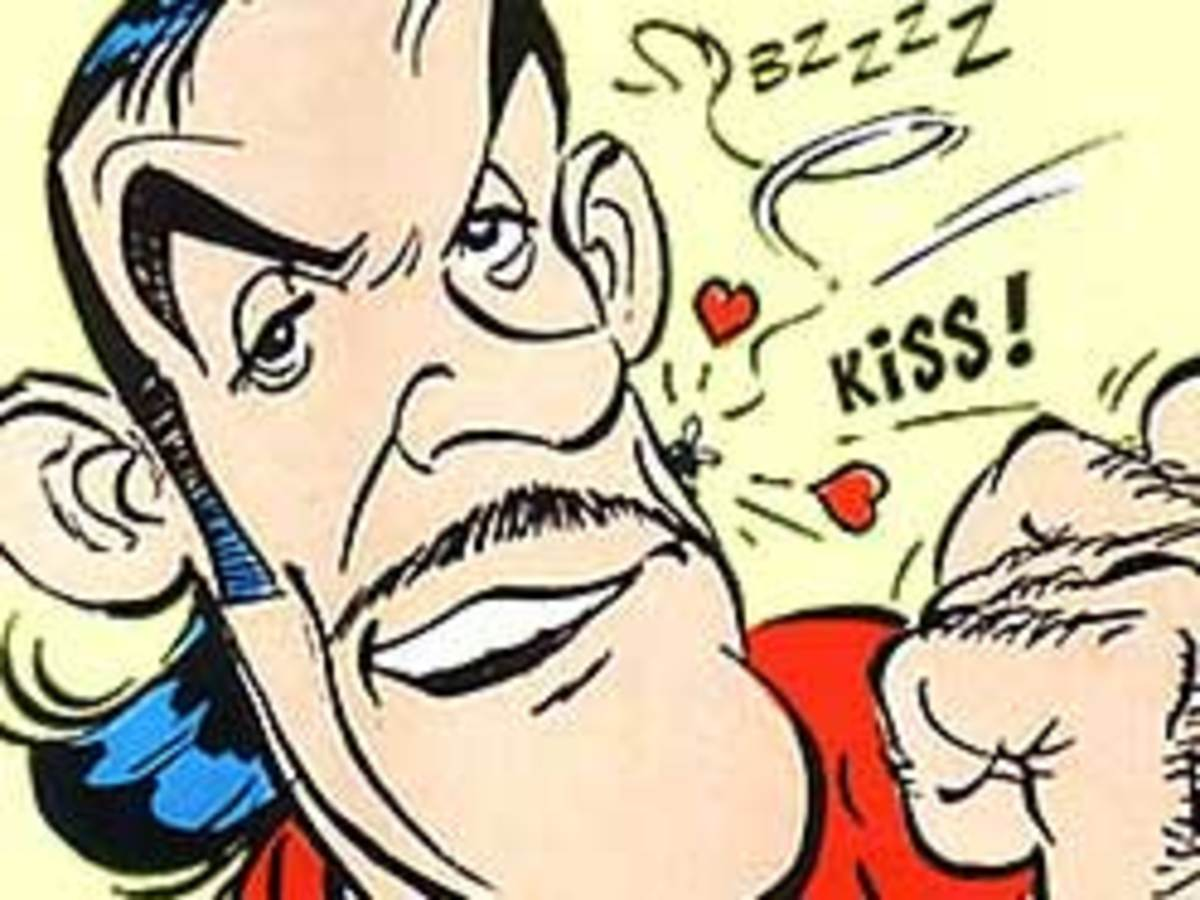 Sean Connery as Roman agent 'Dubbleosix' in Asterix and the Black Gold