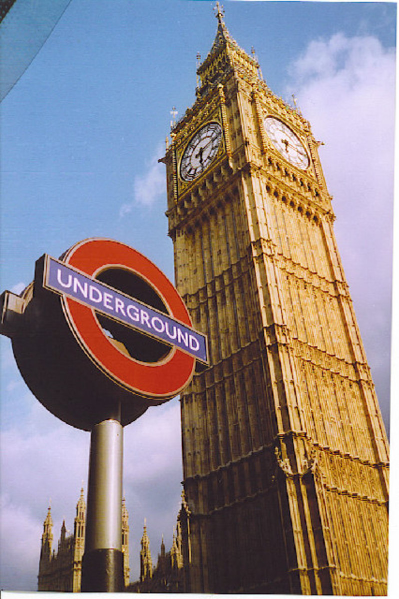 The London Game: rules for the board game based on the London Underground