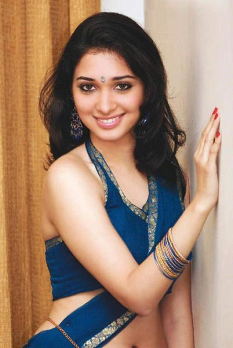 South Indian Actress Tamanna Bhatia Details and Stills