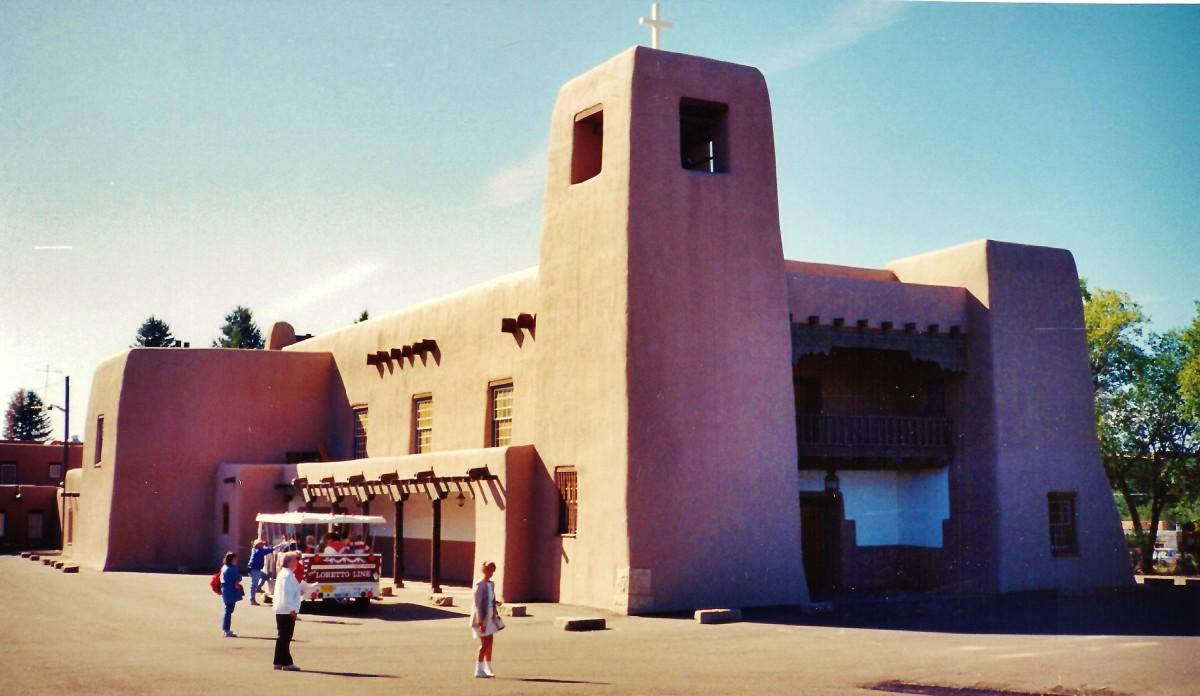 Altitude Of Santa Fe Nm >> Visiting the Cristo Rey Church, Loretto Chapel and St ...