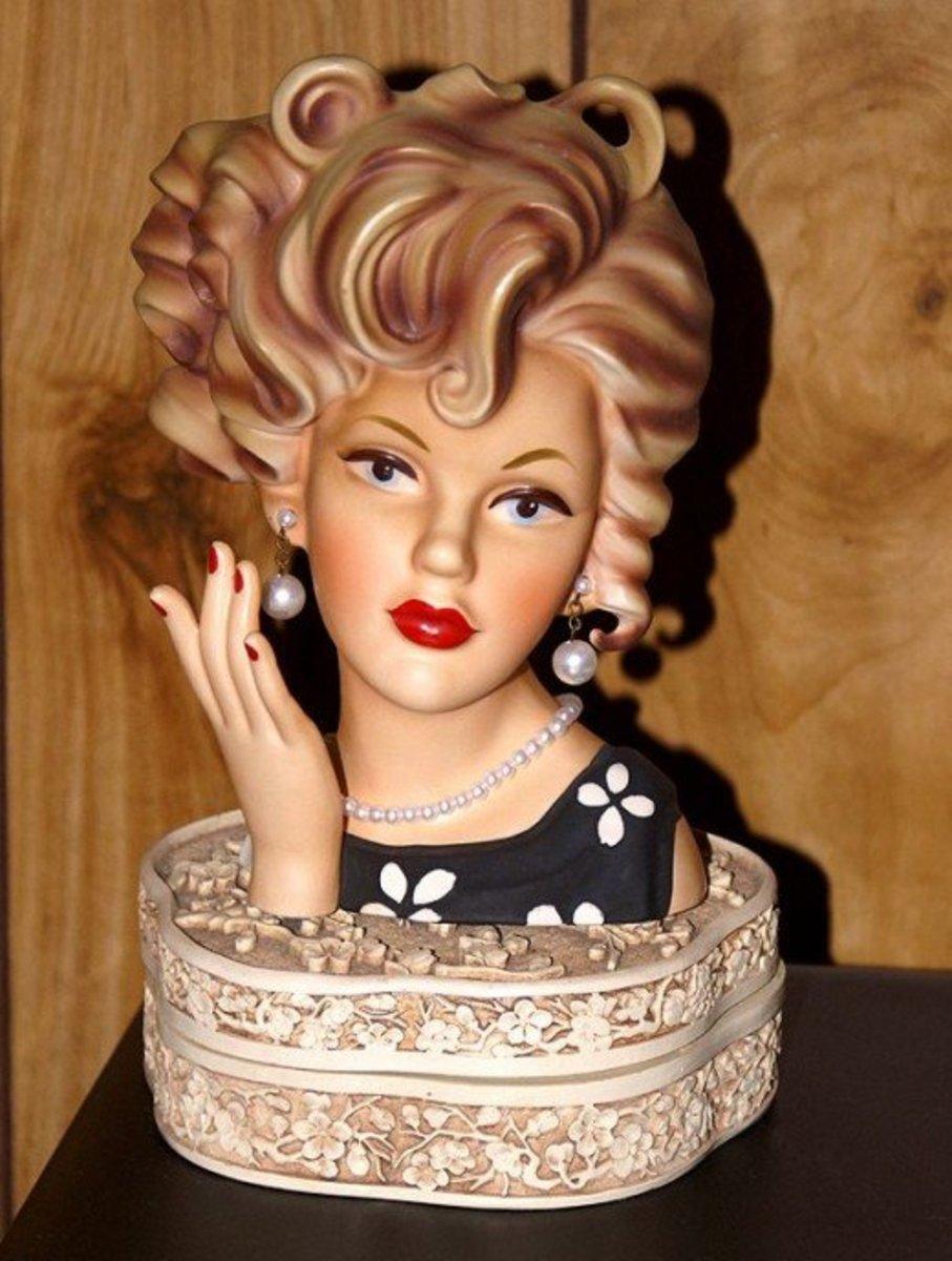 Brinn's lady head vase with corkscrew curls