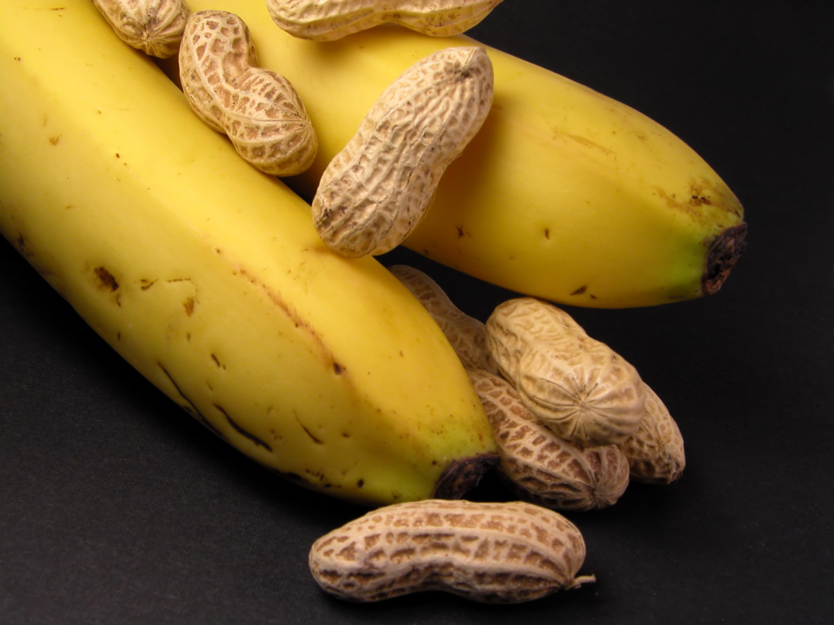 "Bananas and peanuts can be blended together along with other fruits you like to create a ""B6 smoothie"""
