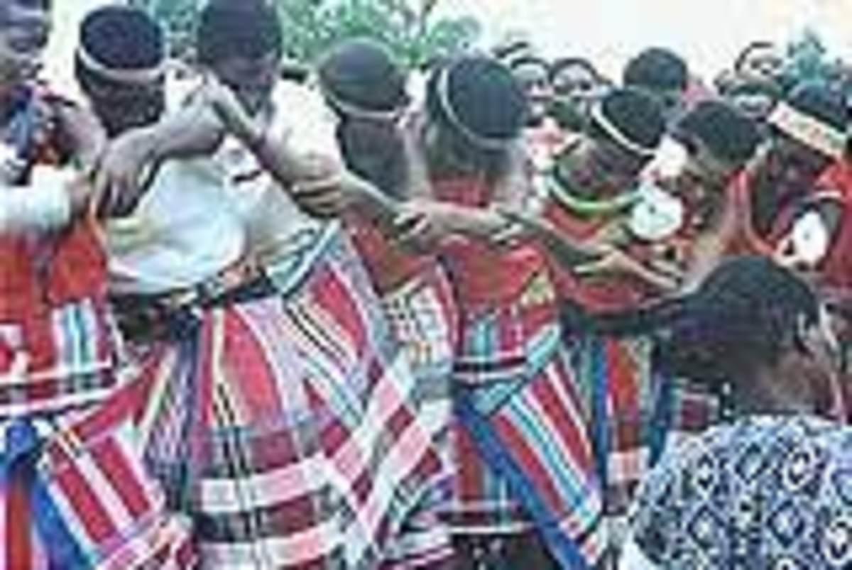 The Venda Women doing the traditional dance