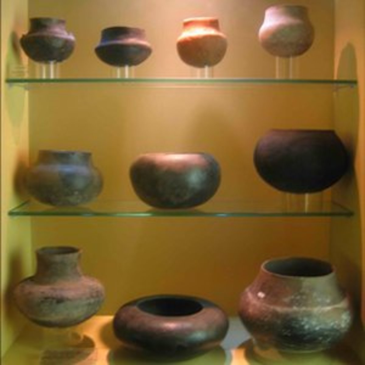 Porcelain jars from Mapungubwe on display in the Museum at Pretoria University