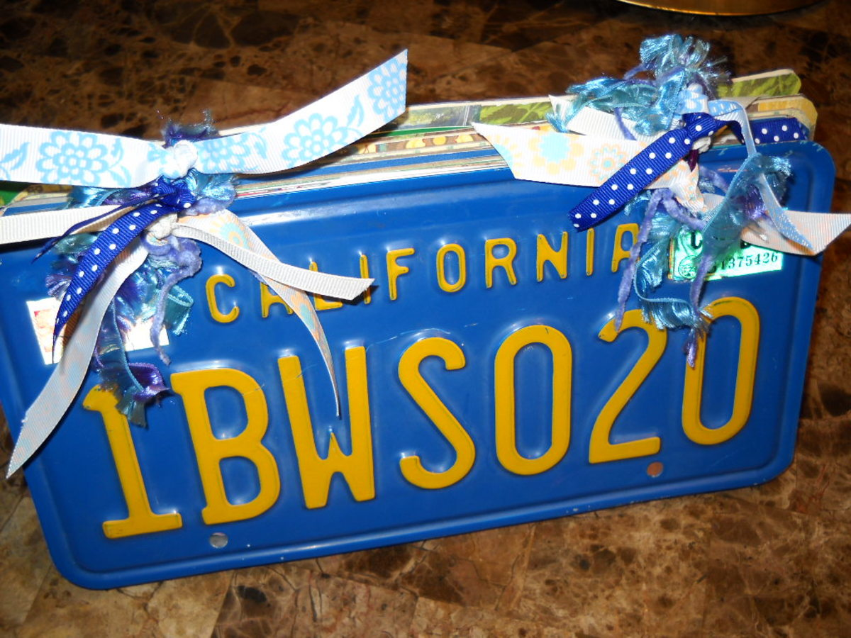 License Plate Scrapbooks top. Put together with binder rings and tie on yarn and ribbon to embellish.