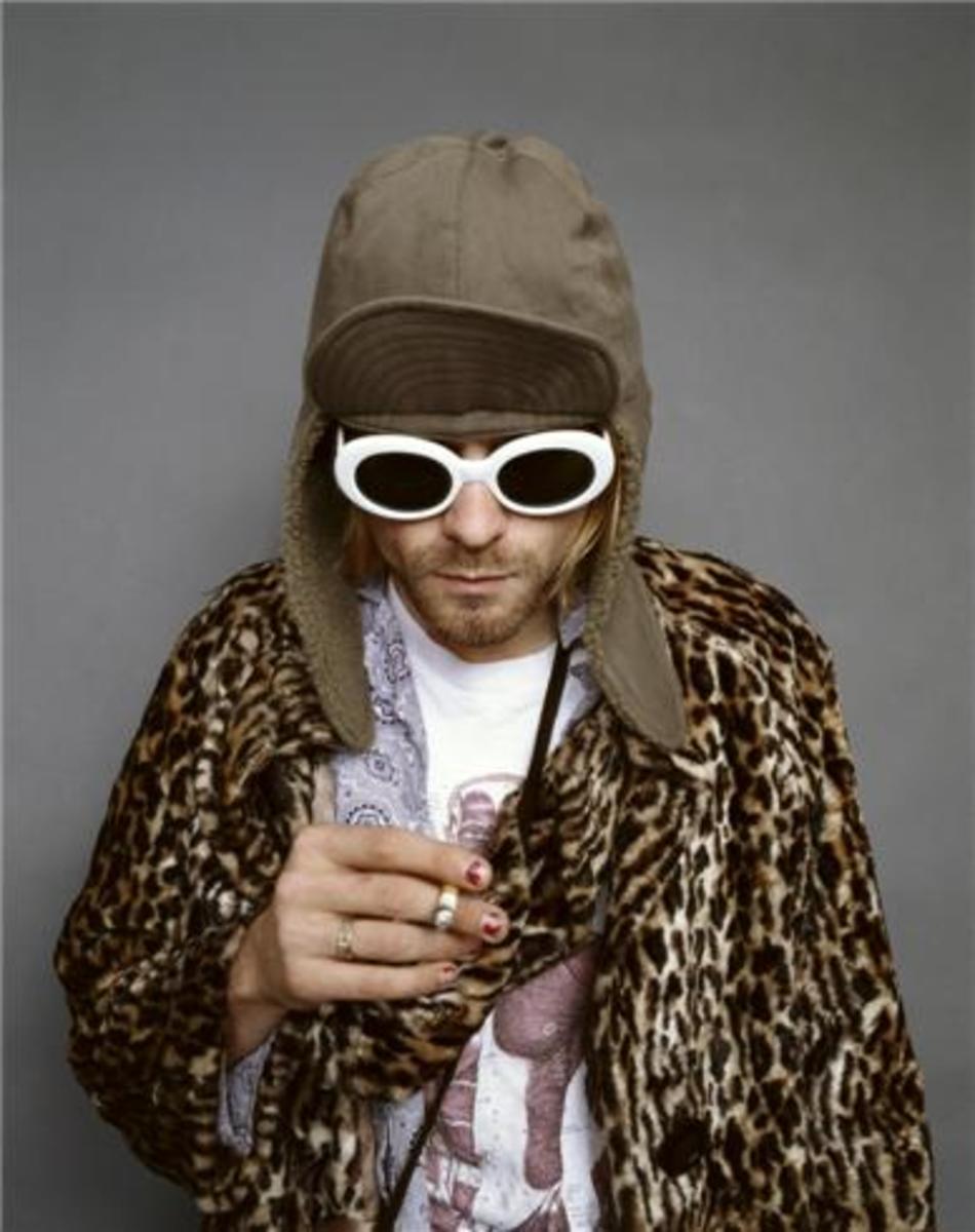 King Of Grunge: Nirvana's Kurt Cobain Fancy Dress Costume