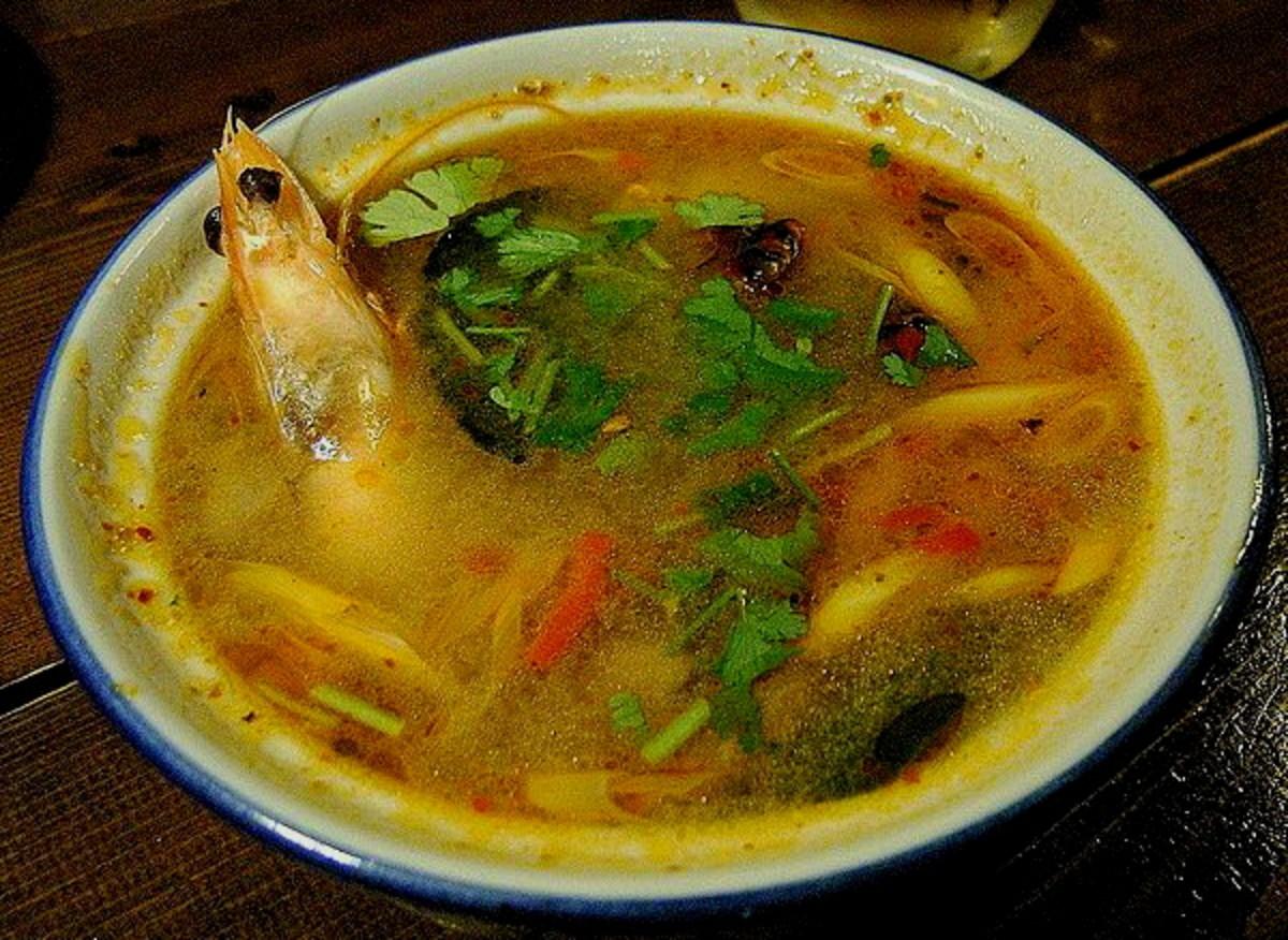 spicy sour prawn soup