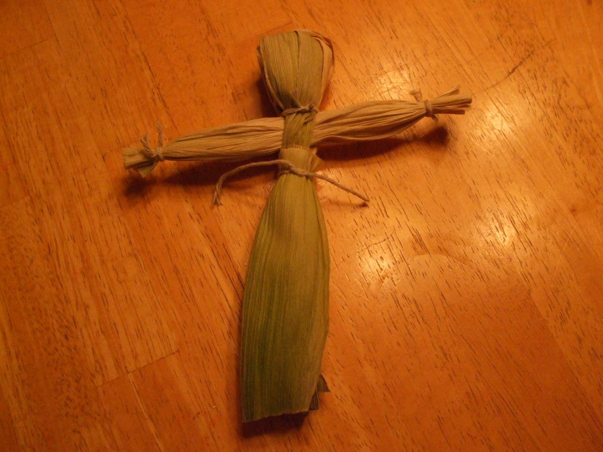 Almost complete corn husk woman doll.